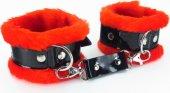 Красные наручники с мехом bdsm ligh - Секс шоп Мир Оргазма