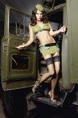 Игровой костюм обольстительница милитари: топ, мини-юбка и пилотк - Секс шоп Мир Оргазма