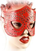 Р35 а Очки-маска, красная, декорированная заклёпками на кожаной подкладке - Секс шоп Мир Оргазма
